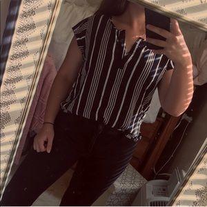 light black/ white striped tee vneck